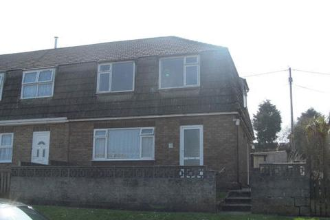 3 bedroom end of terrace house to rent - Three bedroomed end terraced house.  Kitchen, Dining Room, Lounge, Bathroom, Electric Heating, Garden.