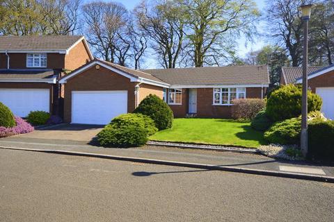 3 bedroom detached bungalow for sale - Druids Park, Calderstones