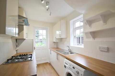 2 bedroom end of terrace house to rent - Howsman Road, Barnes, SW13