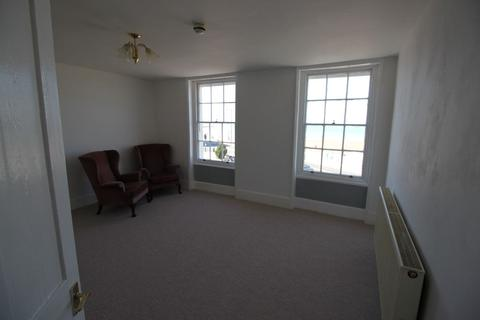 2 bedroom apartment to rent - Old Town Margate