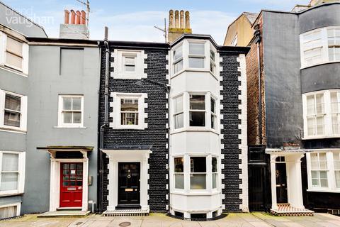 3 bedroom terraced house for sale - Charles Street, Brighton, BN2