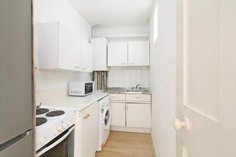 2 bedroom flat to rent - Tower Bridge Road, London, SE1 4TL