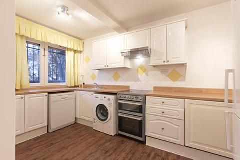 3 bedroom flat to rent - Ifield House, Madron Street, London, SE17 2LS