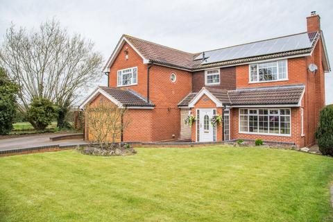 5 bedroom detached house for sale - Ivy Court, Acton Trussell, Stafford