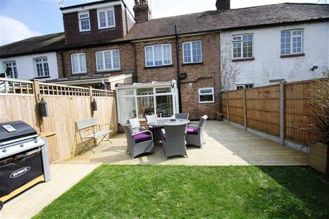 2 bedroom cottage for sale - Coxes Farm Road, Billericay