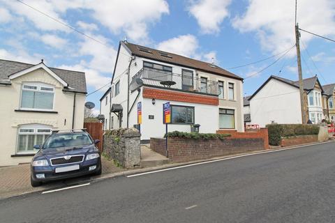 2 bedroom ground floor flat to rent - Heol Goch, Pentyrch