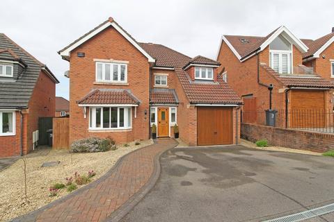 4 bedroom detached house for sale - Windsor Clive Drive, St Fagans
