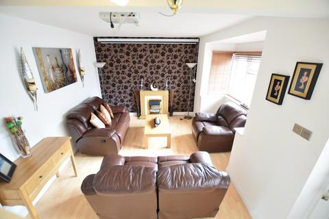 3 bedroom semi-detached house to rent -  Rylstone Road ,  Reading, RG30