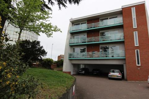 2 bedroom apartment to rent - Mount Pleasant Road, Poole