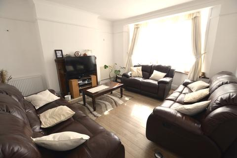 3 bedroom semi-detached house to rent - Newquay Road Catford SE6
