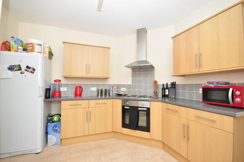 2 bedroom apartment to rent - High Street Broadstairs CT10