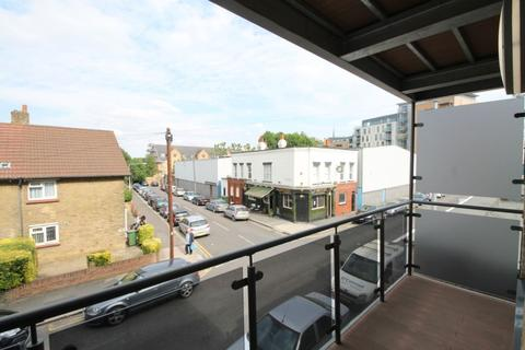 2 bedroom apartment to rent - Shirley Street, Canning Town, London E16