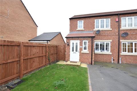 3 bedroom semi-detached house to rent - Elm Drive, Leeds, West Yorkshire