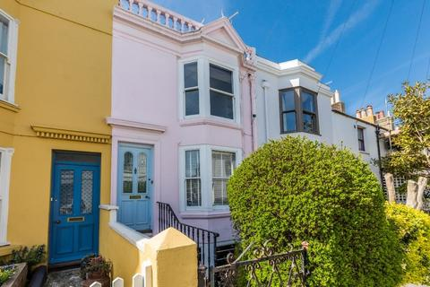2 bedroom terraced house for sale - Kensington Place Brighton East Sussex BN1