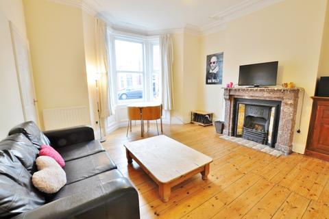 3 bedroom flat to rent - Fairfield Road, Newcastle Upon Tyne