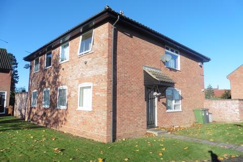2 bedroom ground floor flat to rent - Warren Avenue, Fakenham NR21