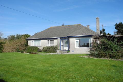 3 bedroom detached bungalow for sale - Ruan High Lanes, Truro