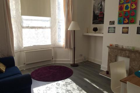 1 bedroom flat to rent - Gladstone Place, Brighton