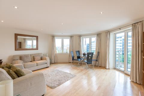 2 bedroom apartment to rent - The Boulevard, Fulham, SW6