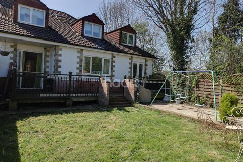 5 bedroom semi-detached house for sale - Easton Road