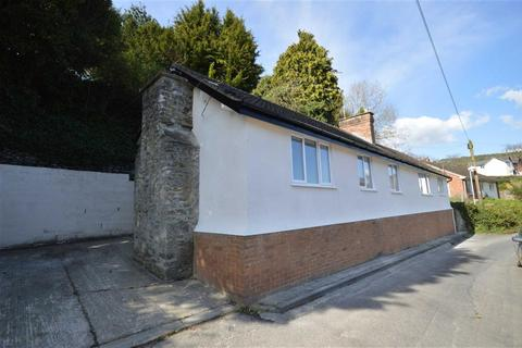 3 bedroom detached bungalow for sale - Cwm Offa, George Road, Knighton, Powys, LD7