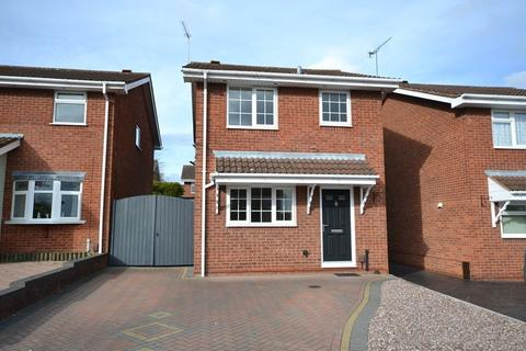 3 bedroom detached house to rent - Stewart Court, Kidderminster