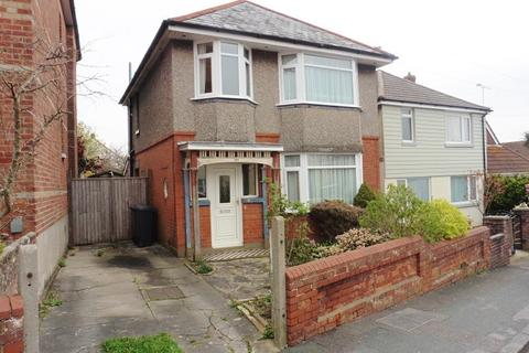 3 bedroom detached house for sale - Kingswell Road, Ensbury Park, Bournemouth