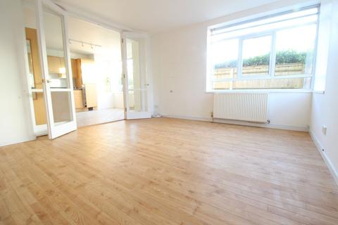 2 bedroom flat to rent - Ray Mill Road East, Maidenhead