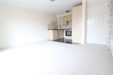 2 bedroom flat to rent - Delta Court, Maidenhead