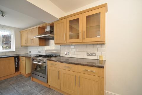 2 bedroom terraced house to rent - Fawcett Road Southsea PO4