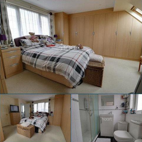 4 bedroom semi-detached house for sale - Kingsfield Drive, Enfield, EN3