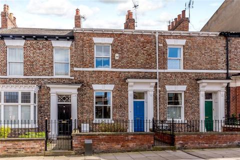 3 bedroom townhouse for sale - Monkgate, York, YO31