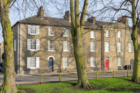 4 bedroom townhouse to rent - Earl Street, Cambridge