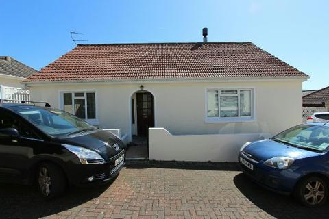 3 bedroom detached house for sale - , 8 Manor Court, Undercliffe Road