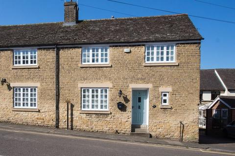 2 bedroom semi-detached house to rent - Water Street, STAMFORD
