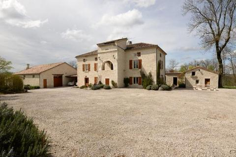 6 bedroom house  - Near Cahors, Lot, South West France