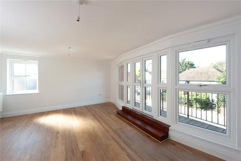 2 bedroom flat for sale - Watling Street, Radlett, Herfordshire, WD7