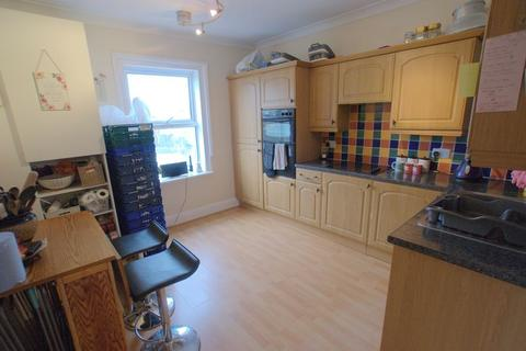 2 bedroom apartment for sale - Christchurch Road. Pokesdown, Bournemouth