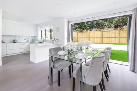 5 bedroom semi-detached house for sale - Treebank Gardens, Grove Avenue, Hanwell, London, W7