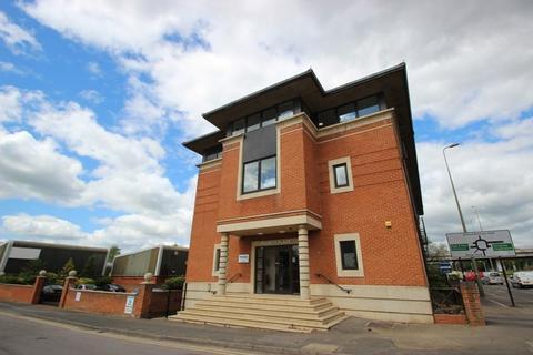 Studio to rent - Premier Place, Cowley