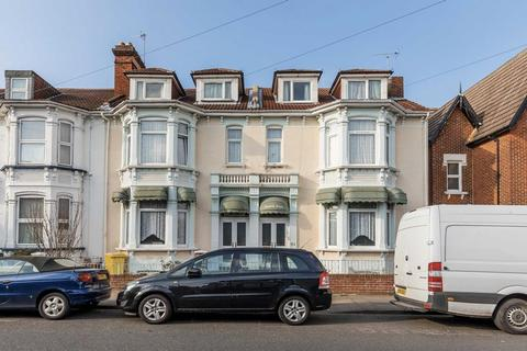 18 bedroom semi-detached house for sale - St. Ronans Road, Southsea