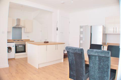 1 bedroom house share to rent - Village Terrace, Burley, Leeds