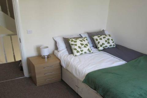 1 bedroom house share to rent - Aston Road, Bramley, Leeds