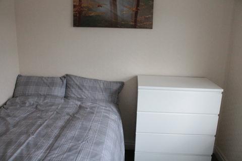 1 bedroom house share to rent - Green Lane, Leeds,