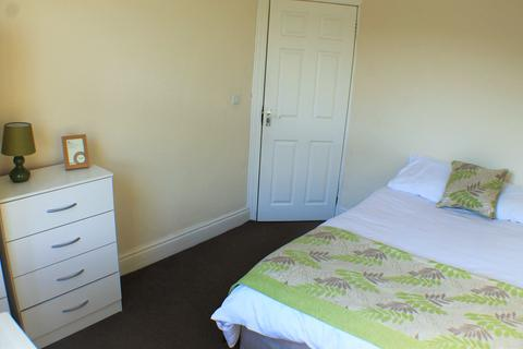 1 bedroom house share to rent - Armley Park Road, Armley, Leeds