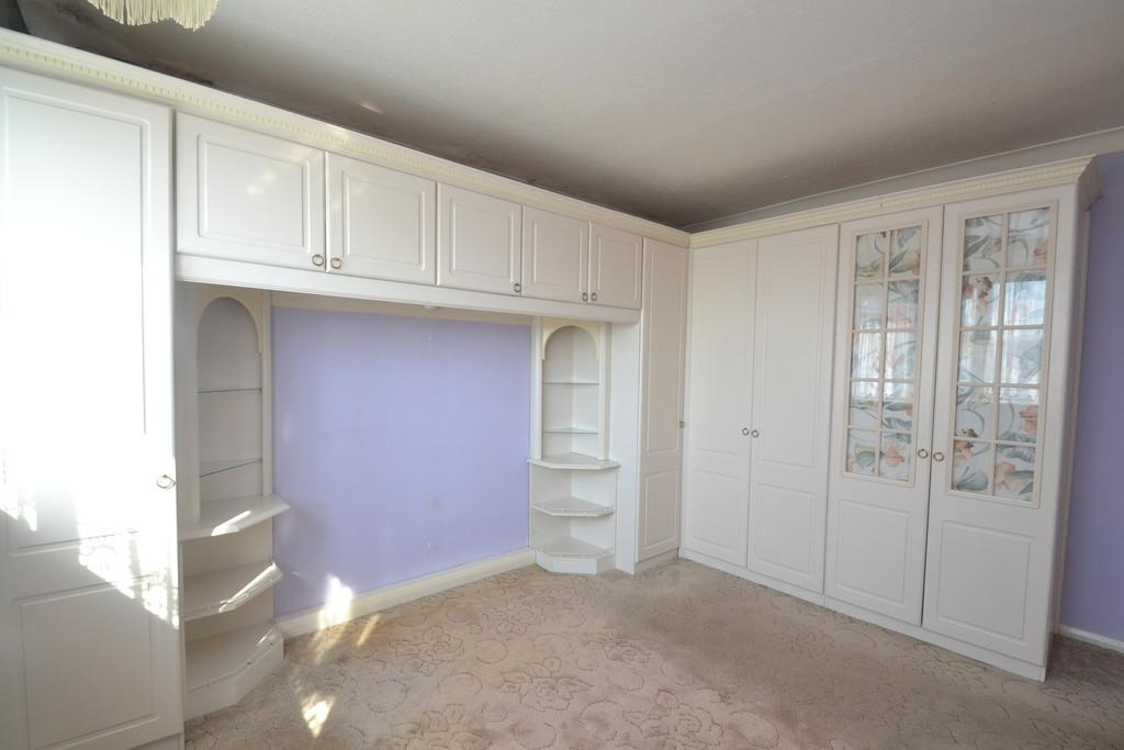 Rooms To Rent In Collier Row