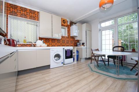 4 bedroom detached house to rent - Old Oak Road, East Acton