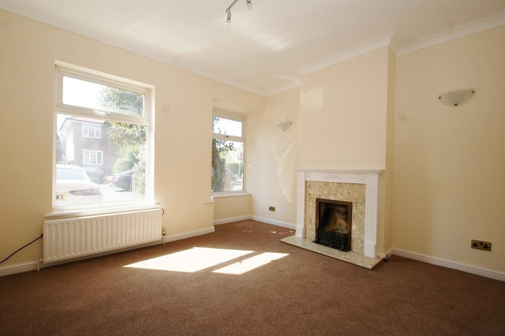 Room To Rent In Sunningdale