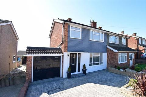 3 bedroom semi-detached house for sale - Linton Dann Close, Hoo, Rochester, Kent