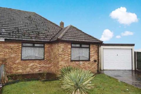 2 bedroom semi-detached bungalow for sale - Elm Grove, Kirby Cross, Frinton-on-sea, Essex. CO13
